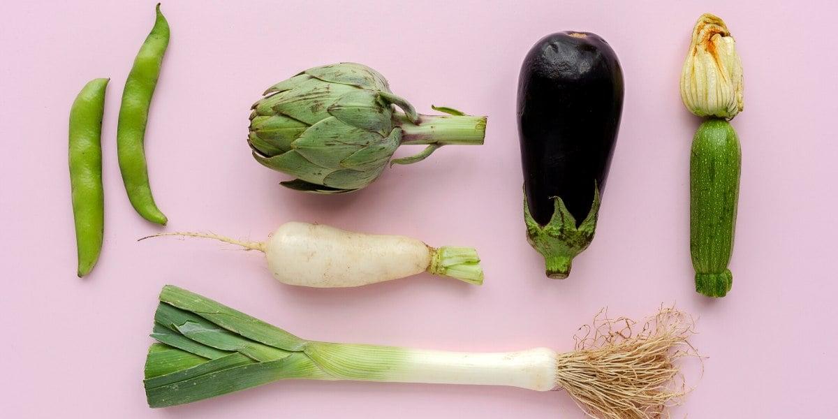 Le verdure keto comprendono quelle a foglia verde e le verdure non amidacee